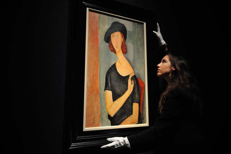 BRITAIN-ENTERTAINMENT-ART-AUCTION